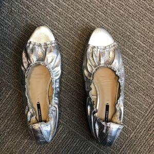 Silver leather Zara basic collection flat sandal